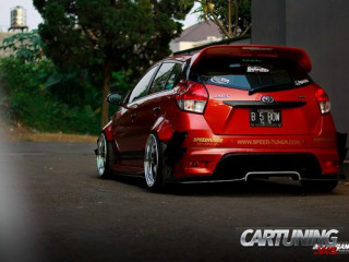 Low Toyota Yaris