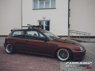 Low Honda Civic EG