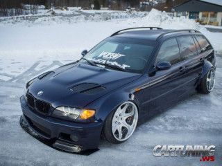 Stanced BMW 3 E46 Touring