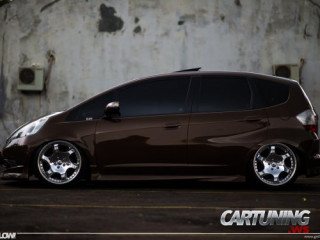 Low Honda Jazz