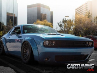 Stanced Dodge Challenger