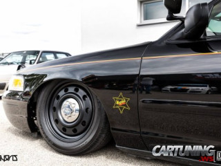 Low Ford Crown Victoria