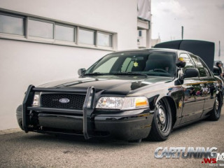 tuning ford crown victoria modified tuned custom stance stanced low lowered slammed airlift on air wheels rims tuning ford crown victoria modified