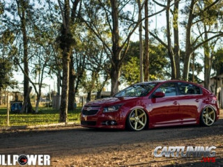 Stanced Chevrolet Cruze Hatchback
