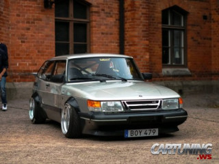 Stanced Saab 900 Turbo