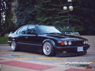 Grounded BMW 540i E34