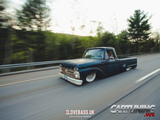Stanced Ford F150 1966