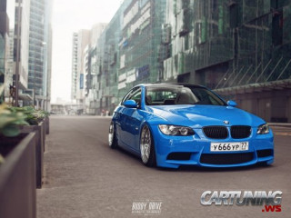 tuning bmw 3 serie e90 e91 e92 e93 low lowered stance stanced airlift page 3. Black Bedroom Furniture Sets. Home Design Ideas