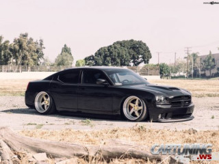 Low Dodge Charger SRT