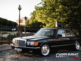 Stanced Mercedes-Benz 560SEL W126
