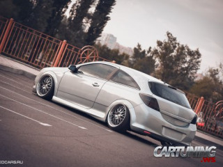 Low Opel Astra H 3dr