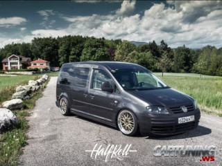 Stanced Volkswagen Caddy Maxi