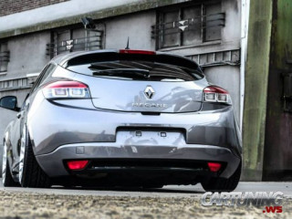 Low Renault Megane Coupe