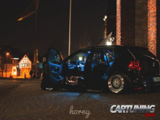 Lowered Volkswagen Polo Mk5 5dr