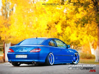 Stanced Peugeot 406 Coupe