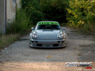 Porsche 911 Turbo (930) Wide body RWB