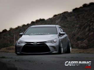 Stance Toyota Camry 2016