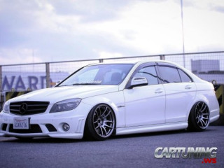 Mercedes-Benz C63 AMG W204 HellaFlush