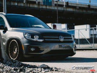 Volkswagen Tiguan on air