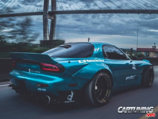 Tuning Mazda RX-7 Widebody