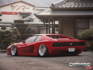 Ferrari Testarossa on Air