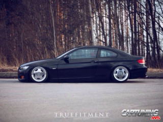 BMW 325i E92 on Air