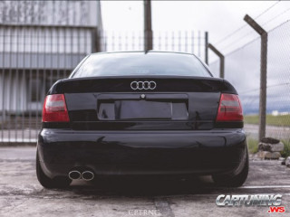 Lowered Audi A4 2.8 B5