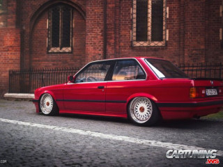 Tuning BMW 318i Coupe E30
