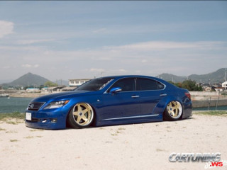 Lexus LS460 Widebody