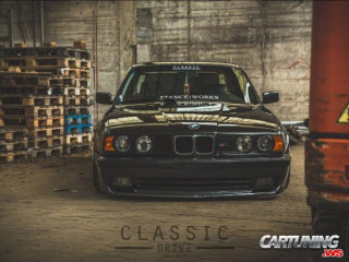 Lowered BMW 525i E34