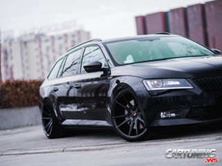 Stanced Skoda Superb Combi