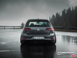 Volkswagen Golf GTI Mk7 on Air