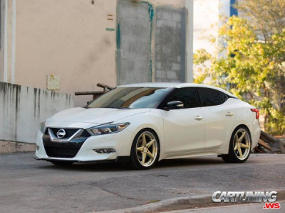 Lowered Nissan Maxima