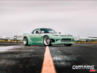Mazda RX-7 Wide Body