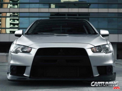 Stanced Mitsubishi Lancer Evolution X