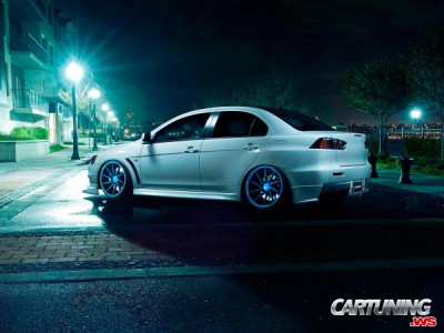 Mitsubishi Lancer Evolution X on Air