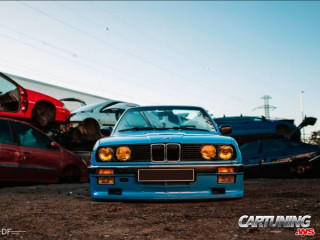 BMW 325i Cabrio E30 on Air
