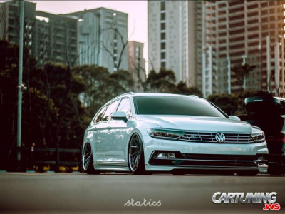 Volkswagen Passat Variant R-Line B8 on Air