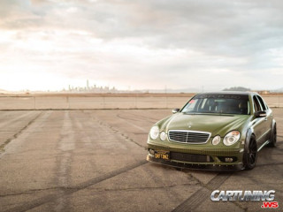 Mercedes-Benz E350 W211 for Drift
