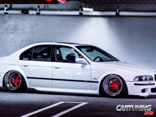 BMW M5 E39 on Air
