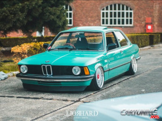 Restomod BMW 3 E21 on Air