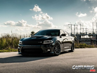 Lowered Dodge Charger R/T 392 Scat Pack