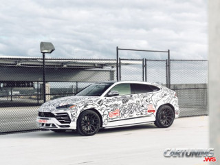 Lamborghini Urus with Graffiti