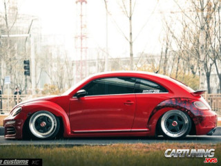 Stanced VW New Beetle