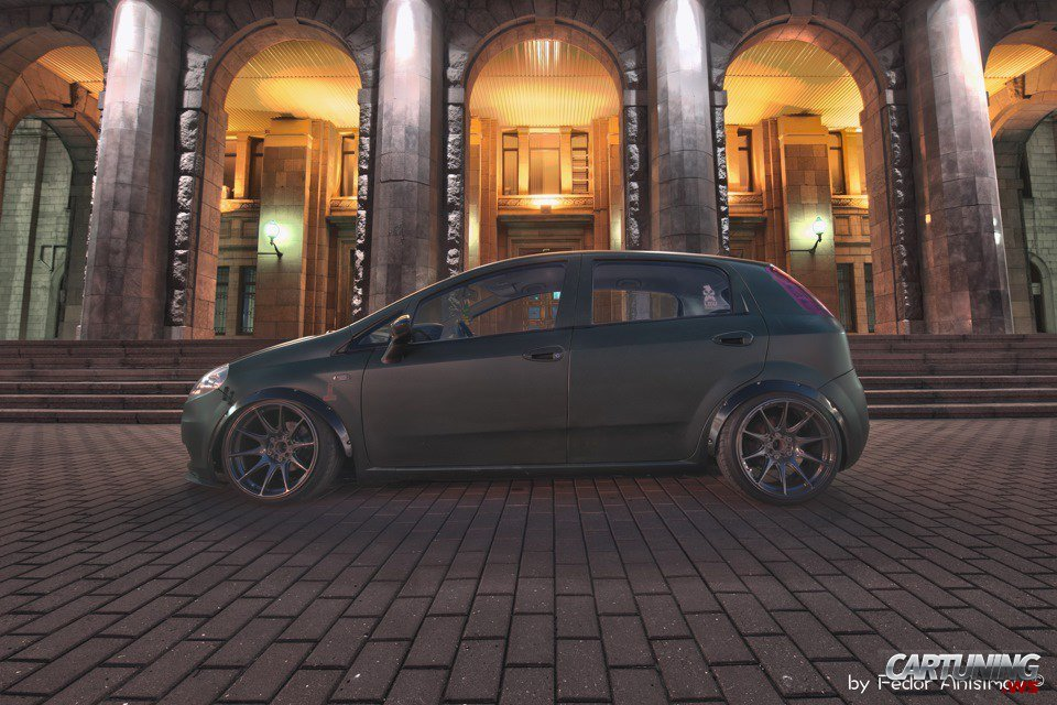 stanced fiat grande punto. Black Bedroom Furniture Sets. Home Design Ideas