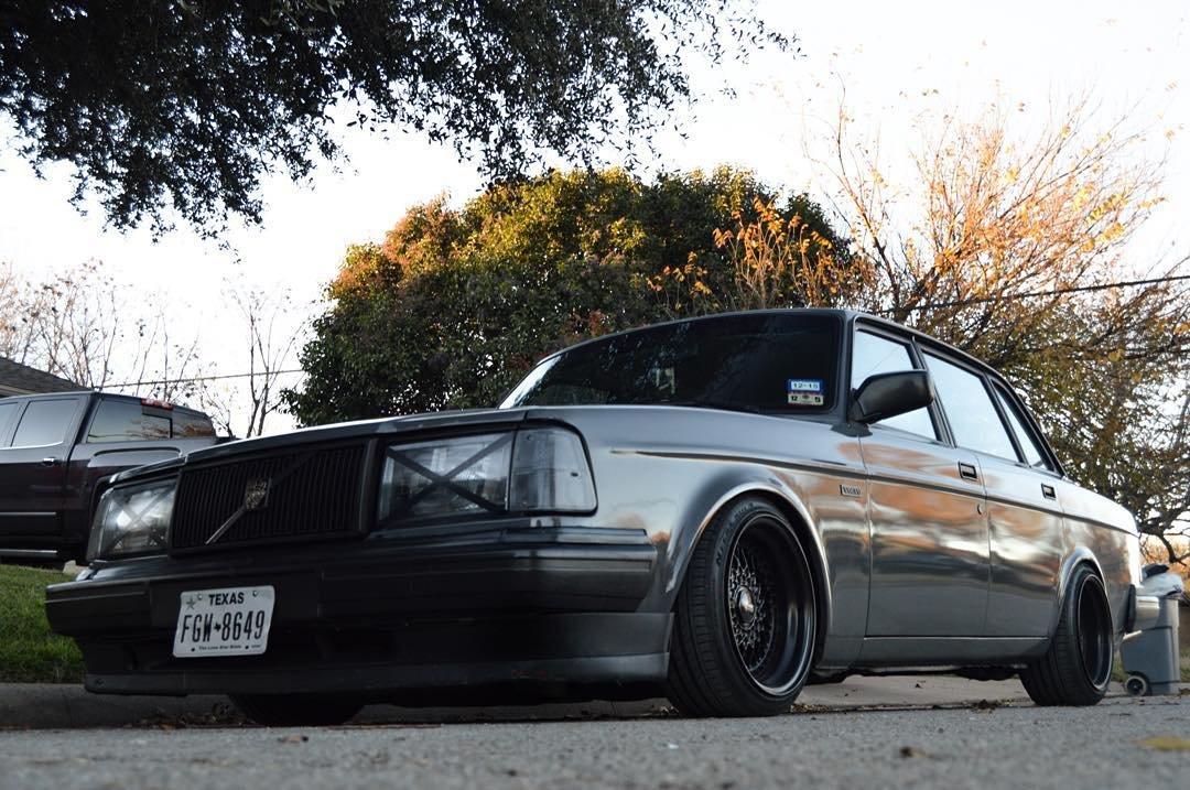 Low Volvo 240