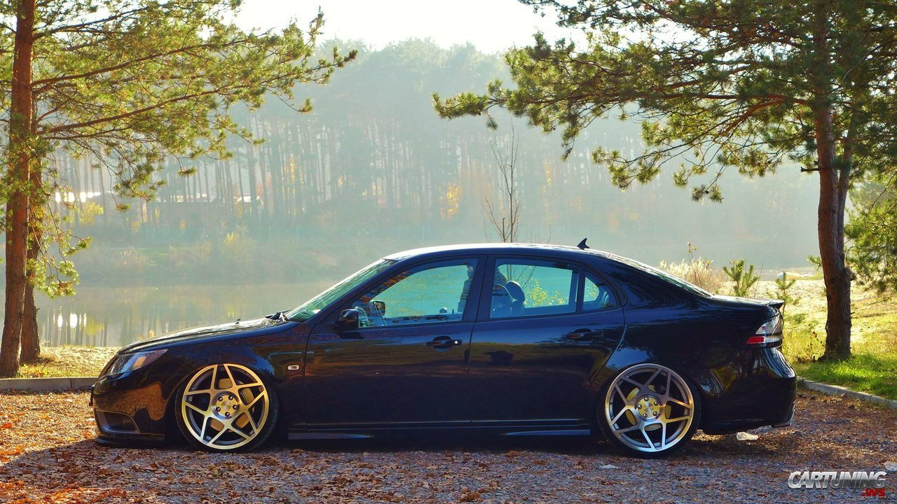 Stanced Saab 9-3 side