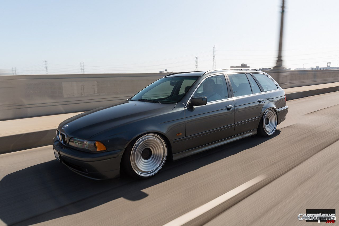 Stanced Bmw 525i Touring E39 187 Cartuning Best Car Tuning