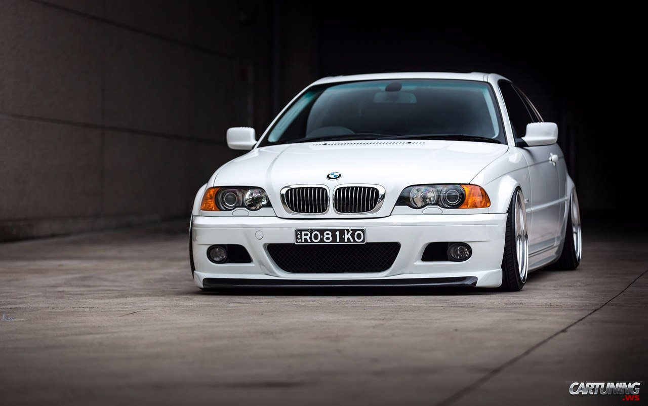 Stanced Bmw 330ci E46