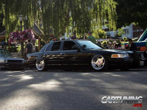 Tuning Ford Crown Victoria